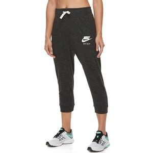 [Nike] Cropped Joggers